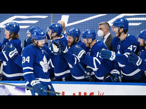 Leafs Fans Reacting to Auston Matthews 40th Goal in 49 Games (Reaction Starts at 1:29)