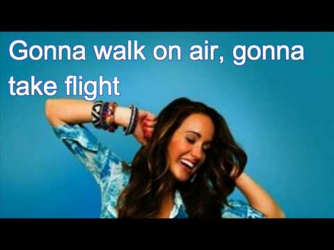 Britt Nicole- Amazing Life Lyrics