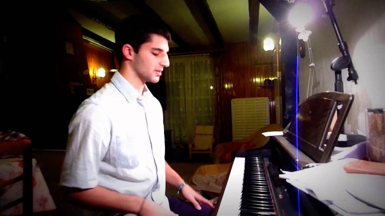 Cours de piano gratuit pour les débutant exellente video a ...