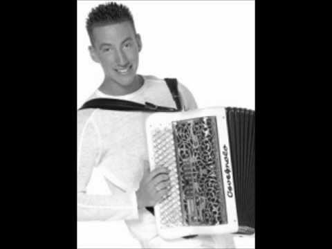 DJ Goldfinger - La Raspa