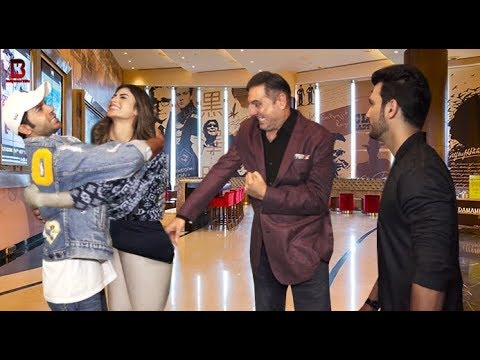 "Mouny Roy, Rajkumar, Arjun Bijlani, Boman Irani Arrives At Screening Of Movie ""Made In China"""