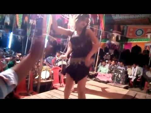 Chotki Dharail Biya Puara K Gala Me|छोटकी धराइल बिया पुअरा  Hot New Bhojpuri Arkestra 2016