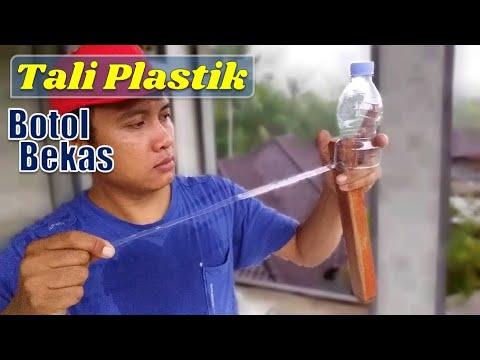 membuat-tali-plastik-dari-botol-bekas-dengan-alat-buatan-sendiri