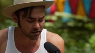 Shakey Graves - The Many Man (Live on KEXP @Pickathon)