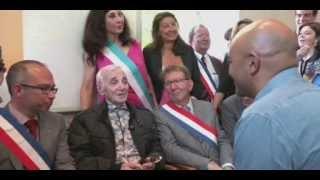 Charles Aznavour à la Mairie des 9/10 de Marseille