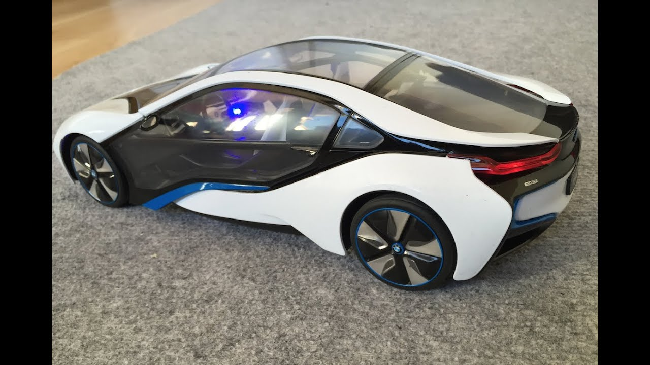 bmw i 8 une voiture lectrique radio command e pour les enfants youtube. Black Bedroom Furniture Sets. Home Design Ideas