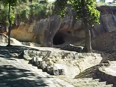 World Oldest Rock Theater