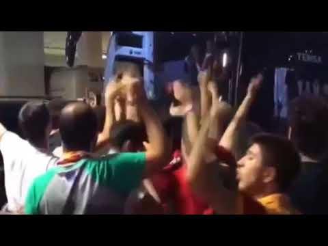 Galatasaray Taraftarından Fatih Terim e Büyük Destek