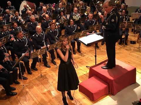 Monica Hill canta con la Banda Militare della Repubblica di San Marino Concerto Completo