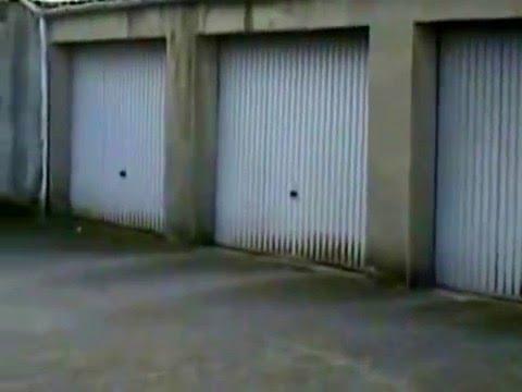 garagenhof mit halle und werkstatt inkl hebeb hne zu verkaufen youtube. Black Bedroom Furniture Sets. Home Design Ideas