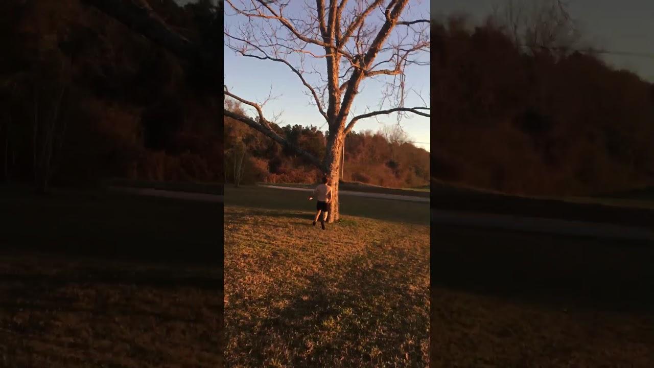 Video shows naked masturbating man in Lake Oswego yard