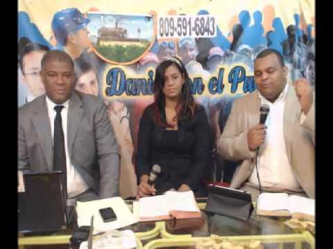 Evangelizando con David A. Leonard smith Greicy Leonard y Francisco Taveras10052014