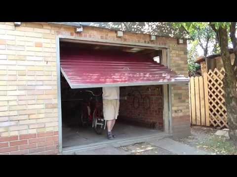 видео: Подьёмные ворота из уголка и профнастила.lifting gates from metal and corrugated sections