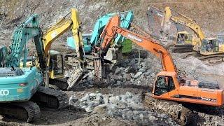 vuclip Excavators Breaking Rocks Doosan 340LCV Komatsu PC300 PC210 PC200 Kobelco SK200 Volvo EC210B