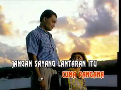 NYANDA MO BALAENG - Manado - aa_thiuzzforever -