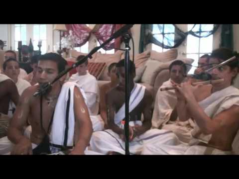 Bhajan - Surya Summer Tour - Sugosh das - Hare Krishna