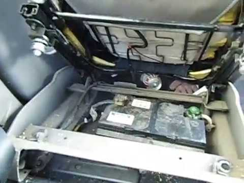 2001 citroen picasso battery removal youtube. Black Bedroom Furniture Sets. Home Design Ideas