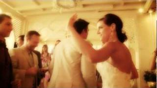 santorini wedding video clip Liz and James(wedding video clip santorini wedding video and photography http://www.galanopoulos.net., 2012-02-06T13:35:33.000Z)