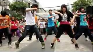 Street Dance : By Monkey Town Dance Academy @ Play Fest 2011 Thailand