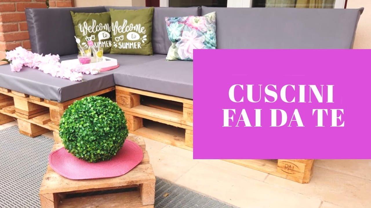 Cuscini Verona.Cuscini Economici Per Divanetto In Pallets Youtube