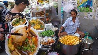 Giật mình tô Bánh Canh Càng Cua 300k ở Sài Gòn || Có Gì Đặc Biệt ??