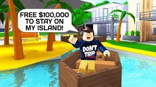 CRAZY BLOXBURG LUXURY ISLAND BUILD IN ROBLOX!