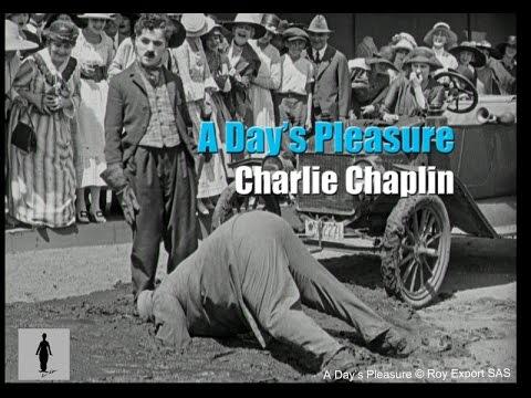 Charlie Chaplin - Stuck in Tar (A Day's Pleasure, 1919)