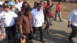 Download Video Kunjungan Kerja Menteri Perhubungan RI Dalam Rangka Serah Terima Sertifikat Tanah Bandara MP3 3GP MP4