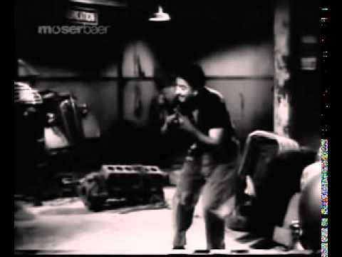 EK LADKI BHEEGI BHAGHI SI BY KISHOR KUMAR,M D S D BURMANCHALTI KA NAAM GADI 1958