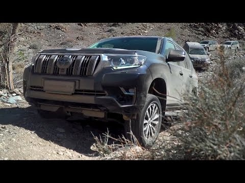 2018 Toyota Land Cruiser Off-Road Driving in Namibia