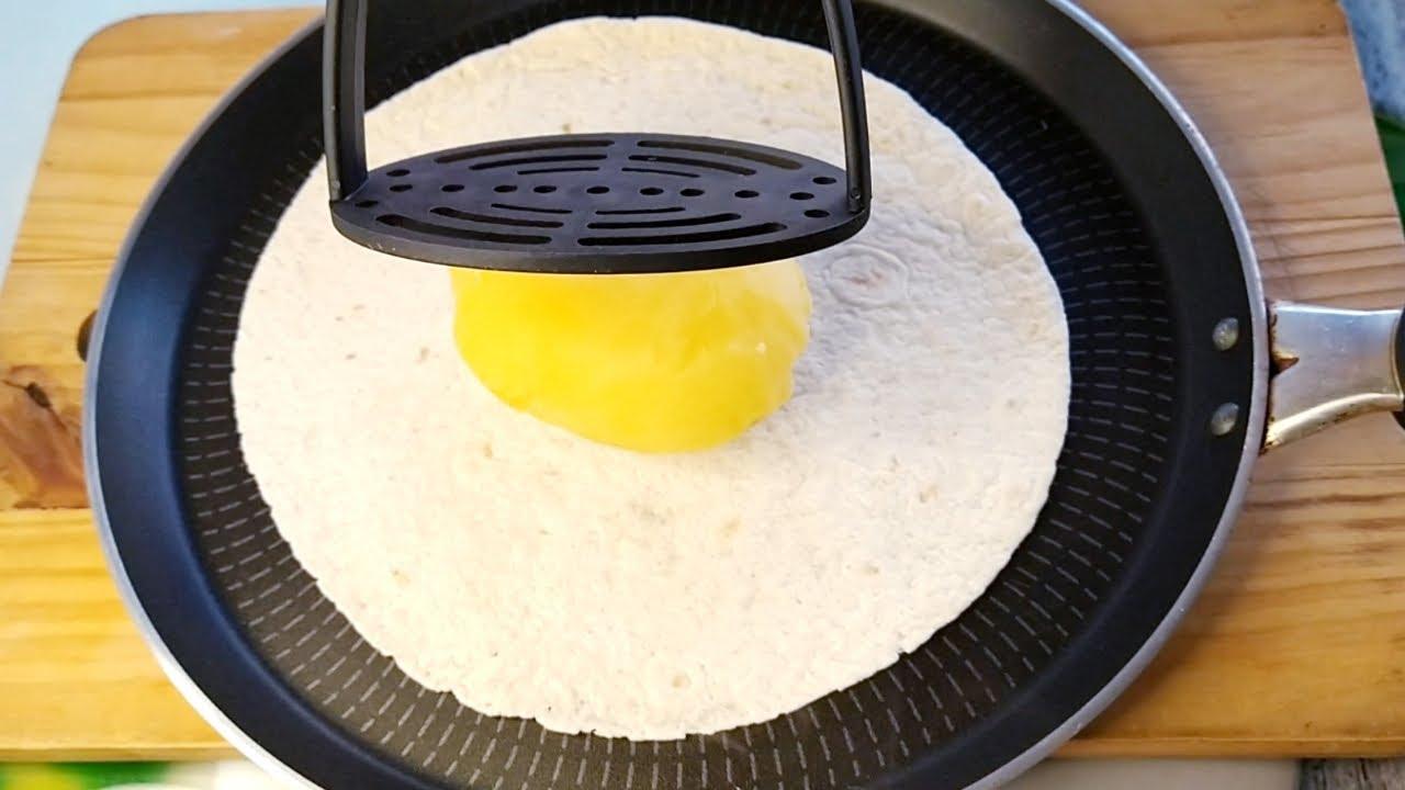 ¡APLASTA LA PATATA EN LA TORTILLA! DESAYUNO O CENA EN 5 MINUTOS, ¡TAN DELICIOSO QUE NO SOBRÓ NADA!