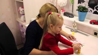 Уроки английского для малышей. Скоро Новый год! Делаем снеговичка!