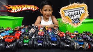 Hot Wheels Monster Jam Truck Collection and Truck Loop Race Track