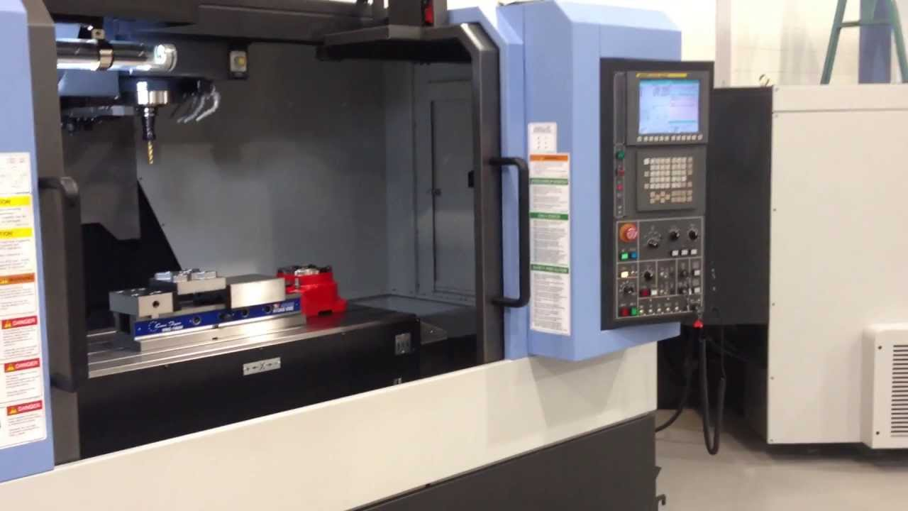 Doosan DNM 500 Machining centre available from stock