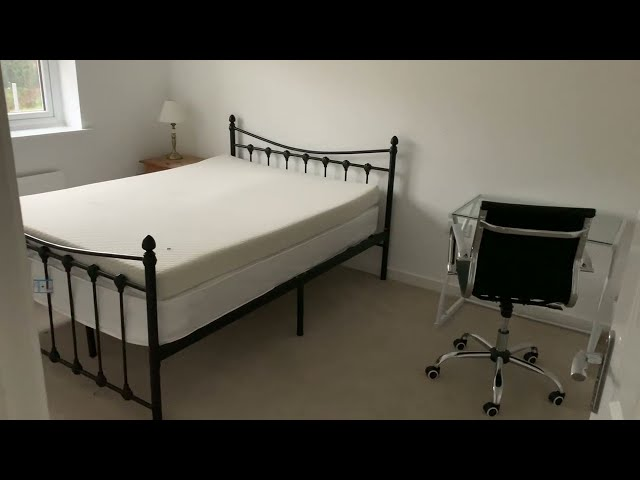 Large double room  Main Photo