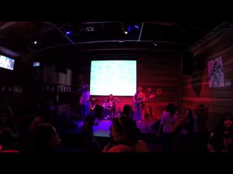 Banda Miss Trixie live Pretenders & Nirvana Cover