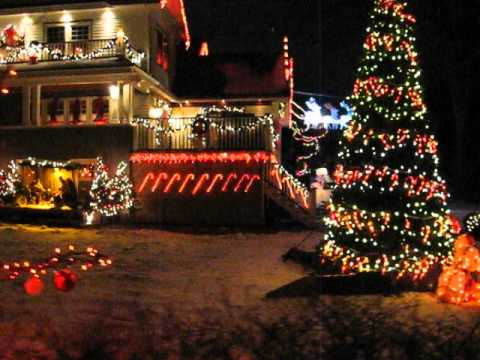 Christmas lights in Halifax January 1 2013 - YouTube