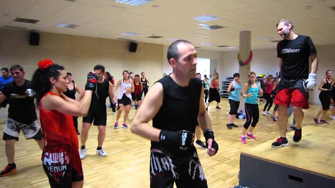 Master class body combat feria abril forus fuenla youtube for Gimnasio forus