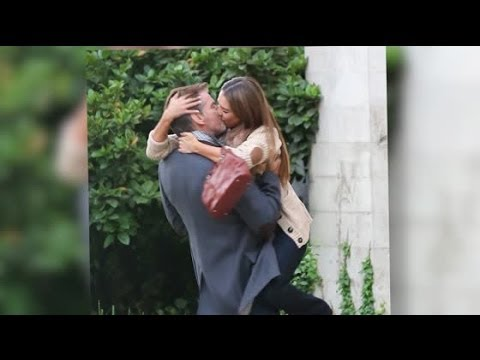Jessica alba kissing videos