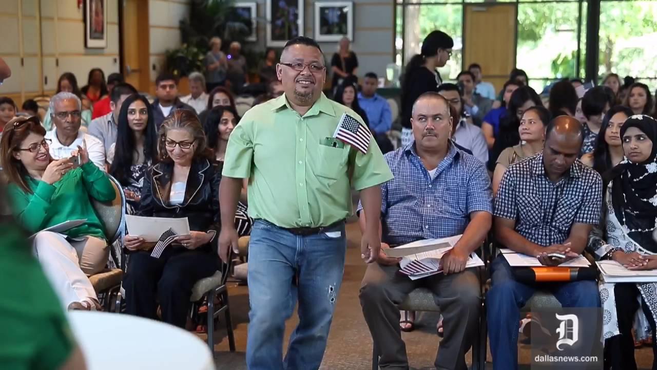 U S  Citizenship Naturalization Ceremony at the Dallas Arboretum