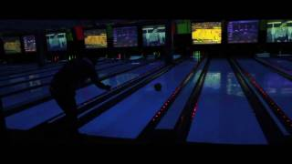Slow Motion Low Light Bowling: Canon Rebel T2i Video Test