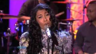 Melanie Fiona - It Kills Me (Ellen Live)
