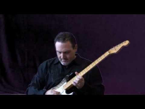 Fender American Deluxe Strat V neck Joe Belmonte