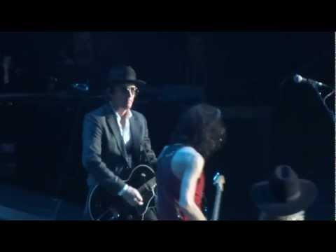 AEROSMITH CONCERT WITH IZZY STRADLIN on GUITAR  THE STAPLES CENTER 12/3/2012