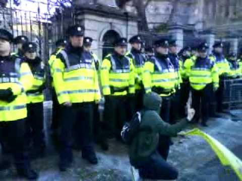 ICTU-Trouble at Leinster House. Protestors.