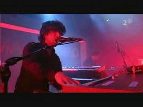 Mando Diao - God Knows (Live)