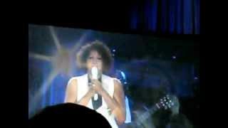 Whitney Houston sings to Kim Burrell