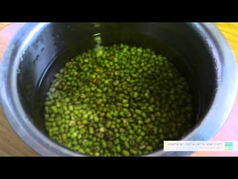How to Make Mung Bean Sprouts Easy