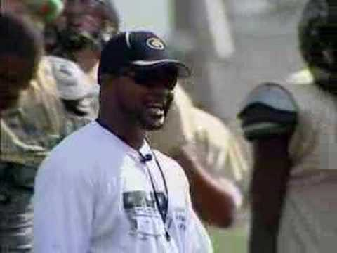 Gateway's Head Coach Terry Smith Wired at Practice