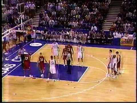 Nebraska basketball team allowed to leave arena as Fred Hoiberg ...
